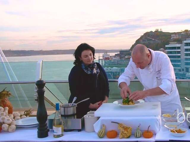 Video: Seabourn Chef Celebrates Quebec's Harvest: Cooking with the Chef