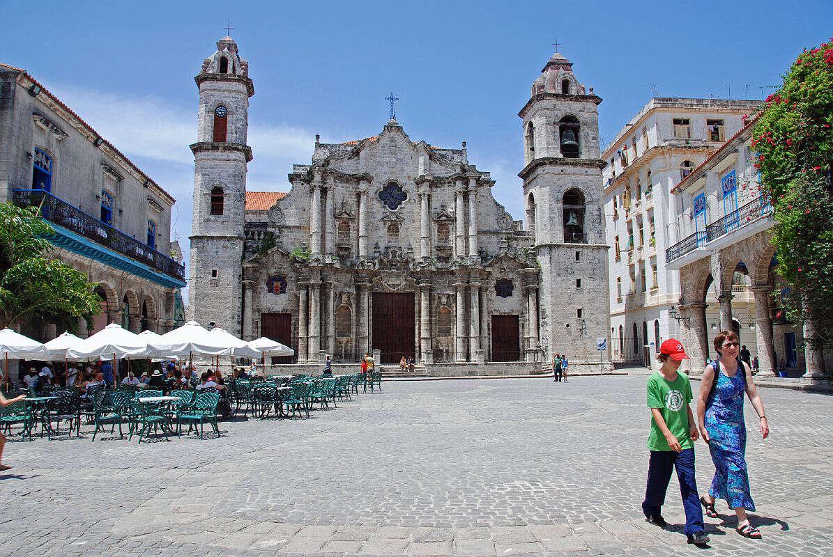 Havana: Hotel Sevilla located in historic Old Havana