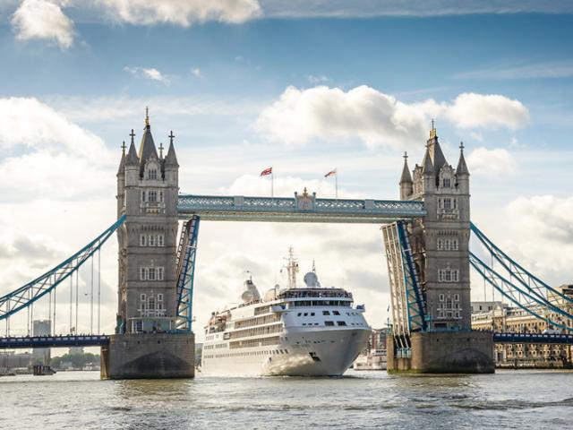 Bonus Savings Days & Early Booking Bonuses on Ultra-Luxury Silversea Cruises