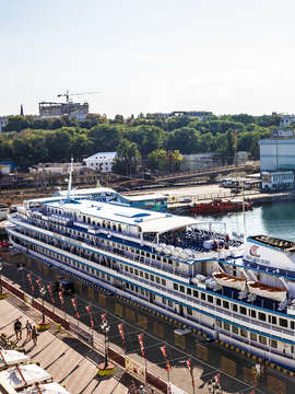Discover the Viking River Cruise Experience
