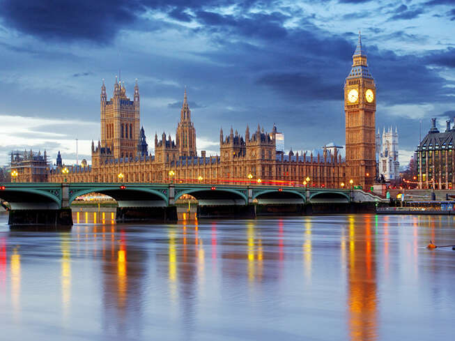 WestJet announces non-stop service to London Gatwick