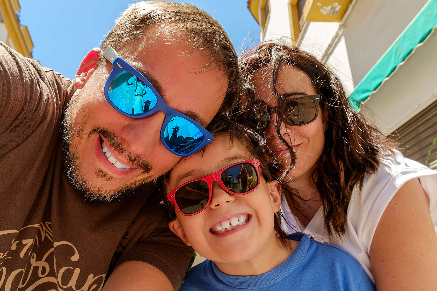 3 Family Friendly Must-see Attractions in Orlando Florida.