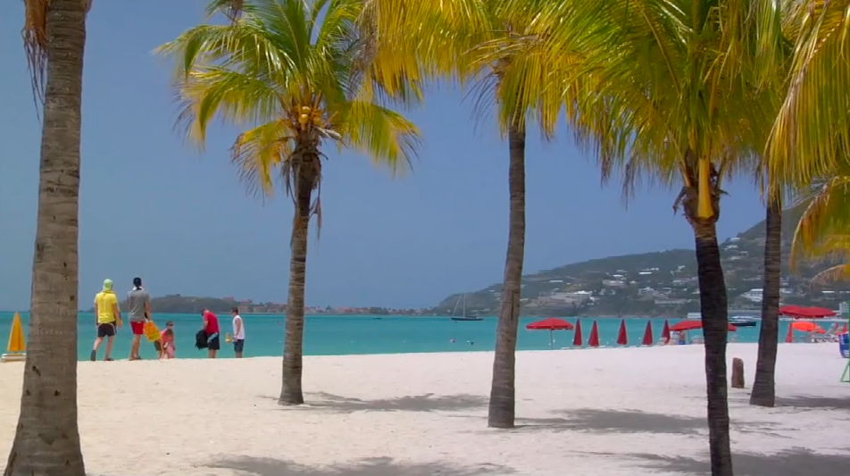 You Can't Miss these Beaches in... St. Maarten/ Saint Martin