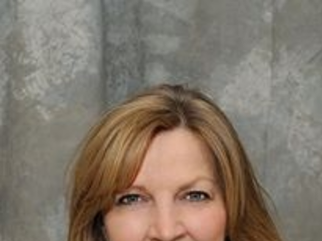 Yvonne lePair