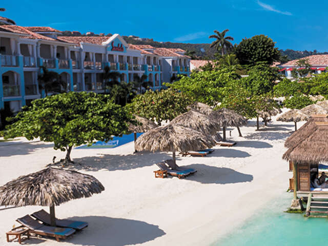 Receive up to $605 Instant Credit on Montego Bay with Sandals