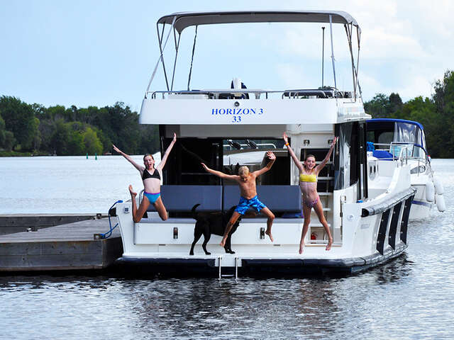 Le Boat is Featuring a Variety of Options for Summer Fun