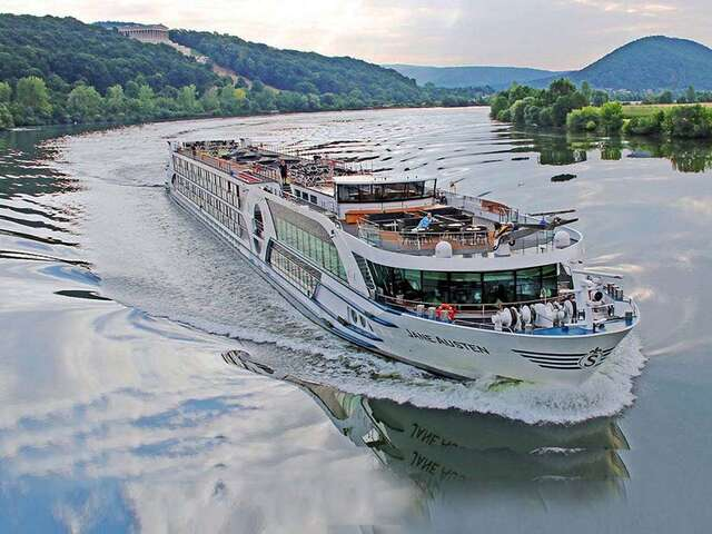 Riviera River Cruises: Premium River Cruising Perfect for Solo Travellers