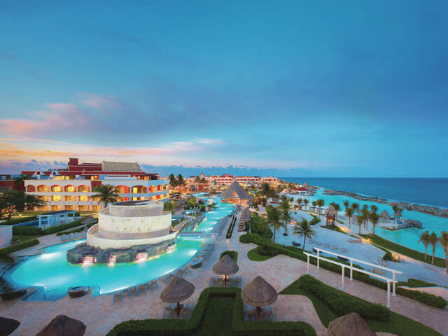 Hard Rock Riviera Maya, Escape to Heaven