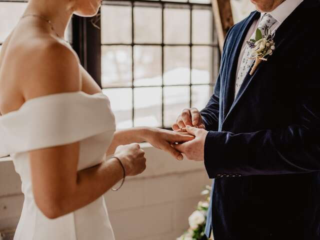 How to Choose Your Wedding Date