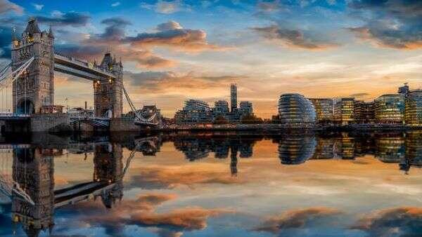 United Debuts COVID-Free New York to London Flight