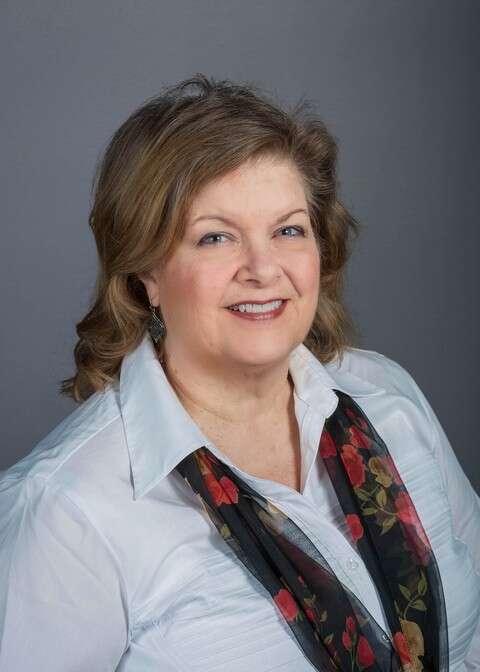 Nora Faifer
