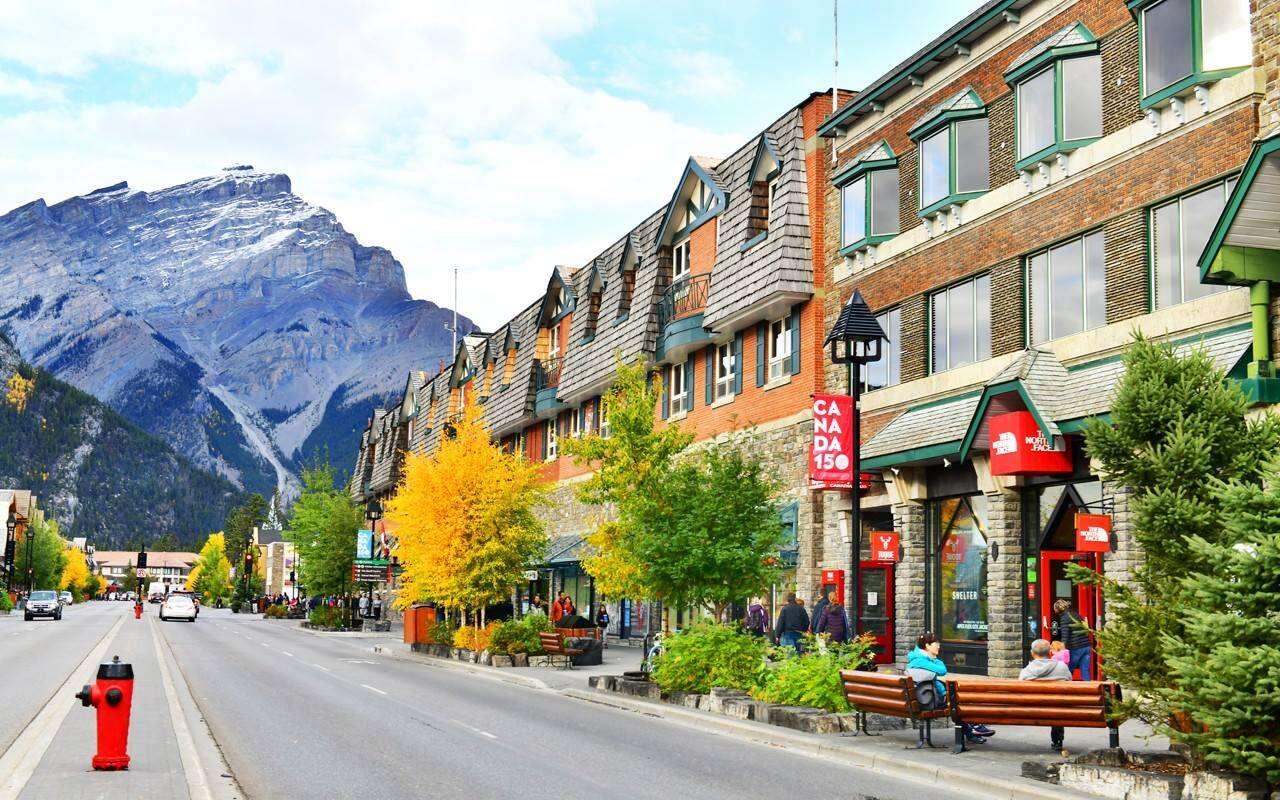 Banff, Alberta for summer adventure