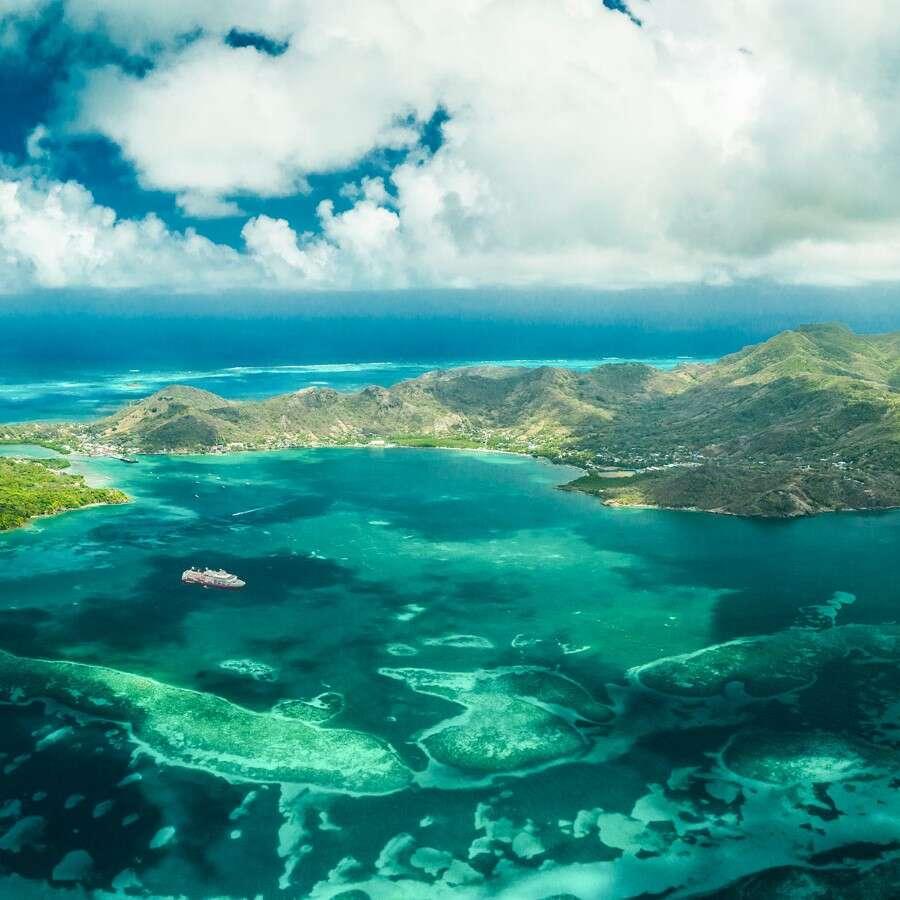 'The Sea of Seven Colors' - Isla de Providencia
