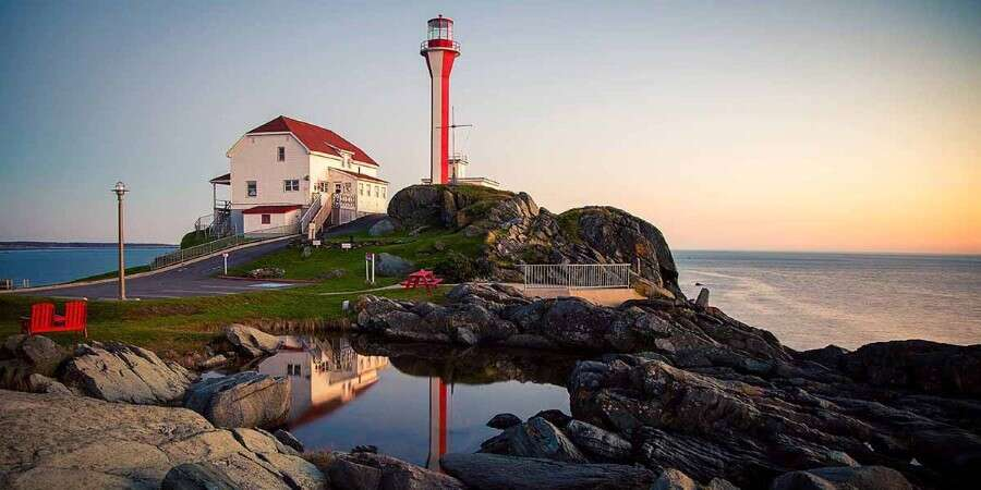 Historic Beauty and Lighthouses - Yarmouth, Nova Scotia - Full Day
