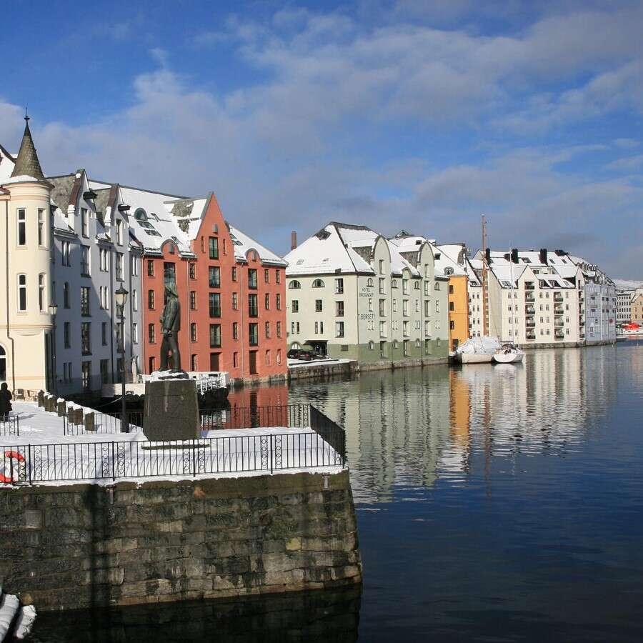 Art Nouveau architecture and an aquarium - Ålesund