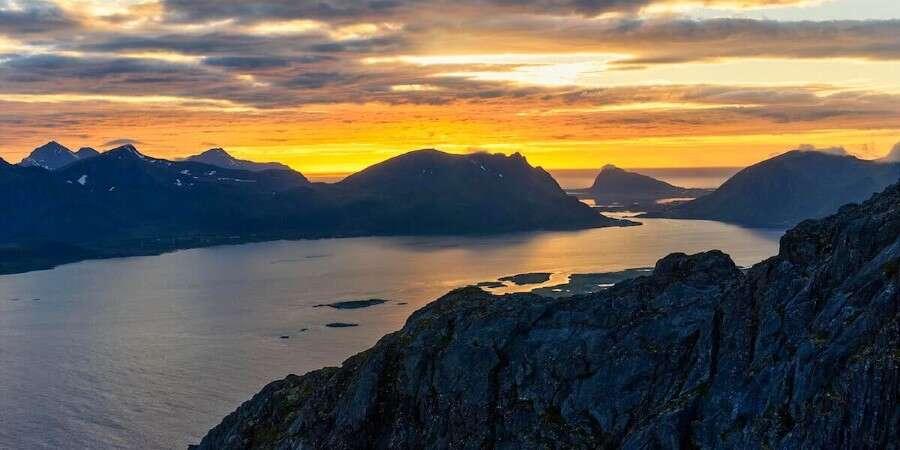 Arctic Circle and Lofoten - Brønnøysund - Svolvær