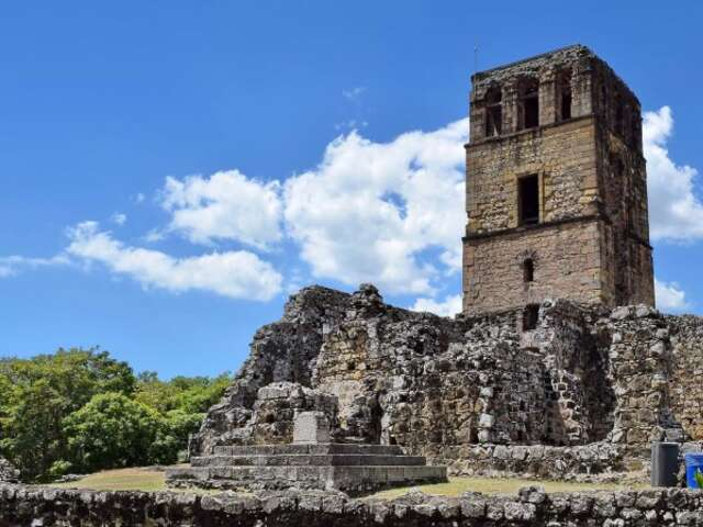 Andean Coast – Expedition from Jungle to Desert (Itinerary 1)