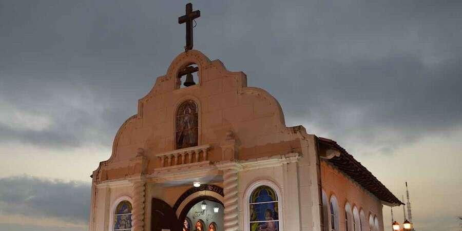 Return to Ecuador - Baltra Island/Guayaquil