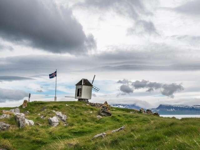 Iceland, Jan Mayen and Spitsbergen - Arctic Islands Discovery (Itinerary 2)