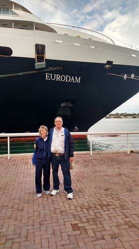Another Happy Couple Satisfied With Isle Travel's Vacation Travel Service