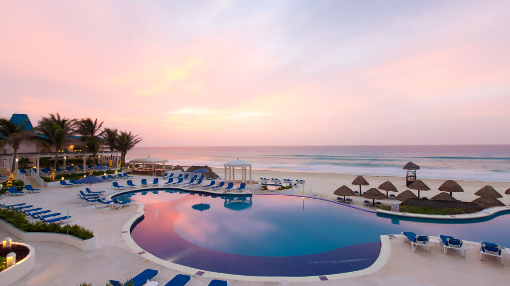 Golden Parnassus Resort And Spa Cancun, Mexico pool