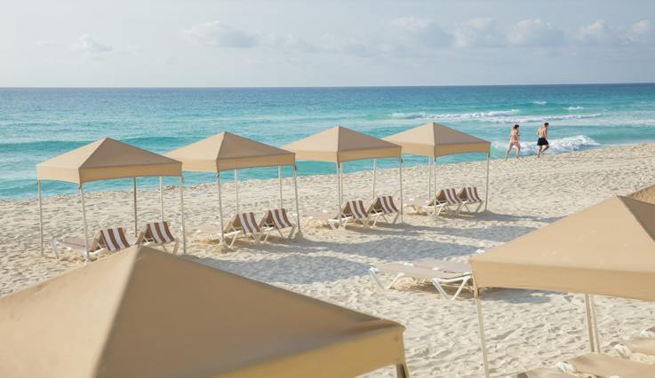 Crown Paradise Club Cancun beach