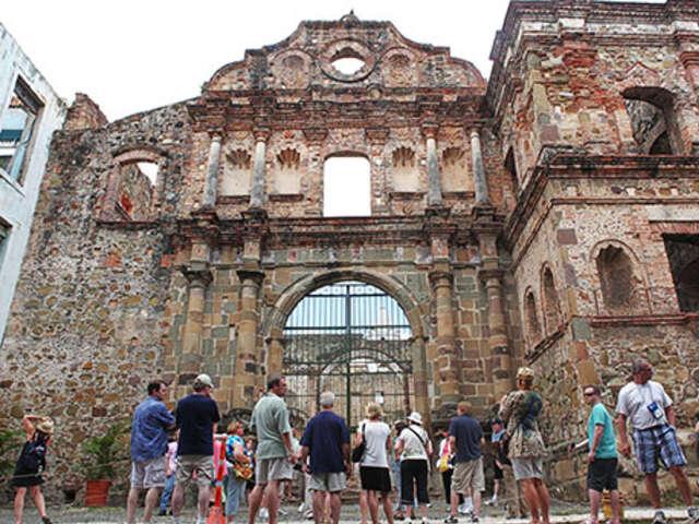 Discover Panama: