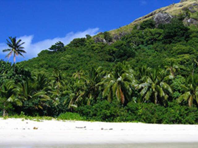 Sun & Fun Down Under with Fiji