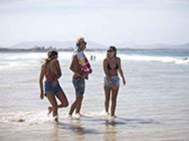 Sunsets and Surf (Start Whitsundays) (Start Whitsundays, end Sydney)