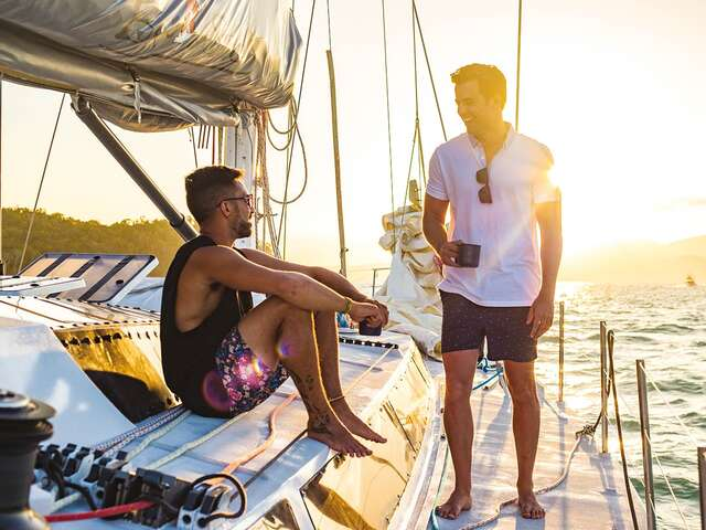 Eastern Escape with Sailing(Multi Share,Start Cairns, End Sydney)