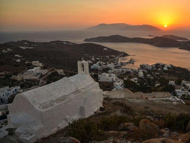 Sailing Greece - Santorini to Mykonos