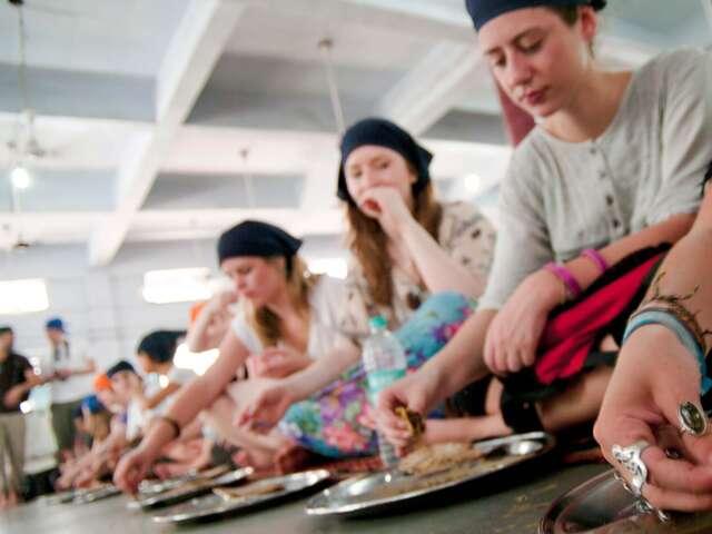 Delhi Day Tour: Culinary Delights of India (half day)