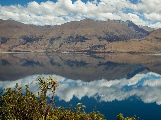 Australia & New Zealand Discovery — Plus